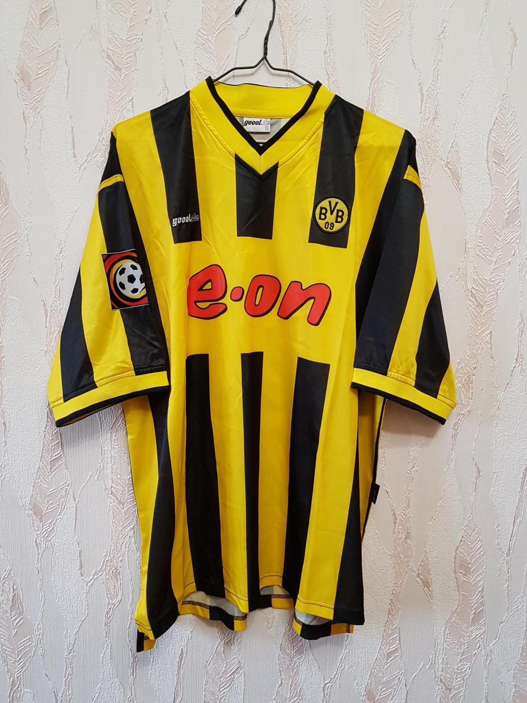 Borussia Dortmund Home football shirt 2000 - 2002. Sponsored by e.on