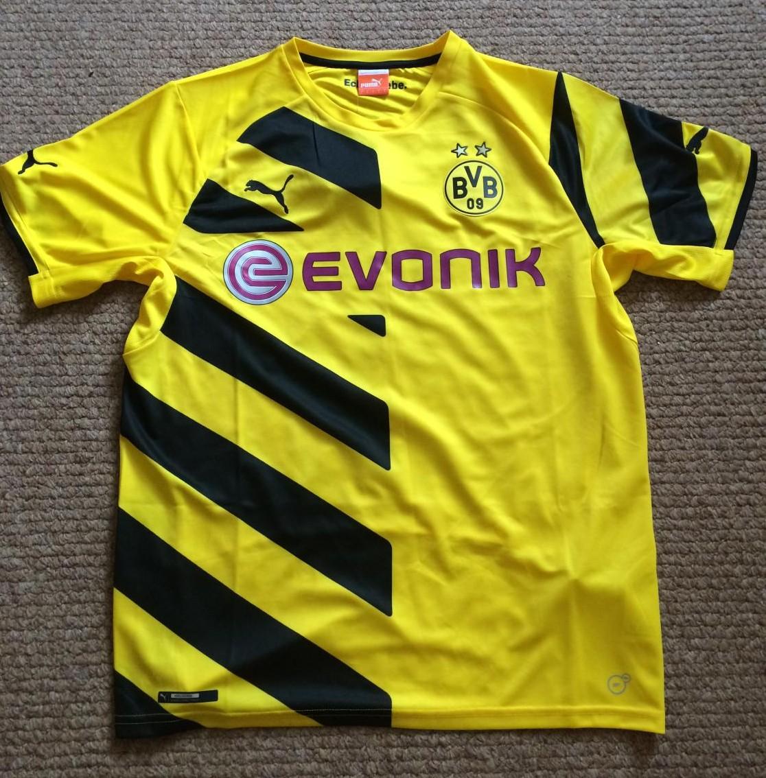 Borussia Dortmund Home maglia di calcio 2014 - 2015. Sponsored by ...