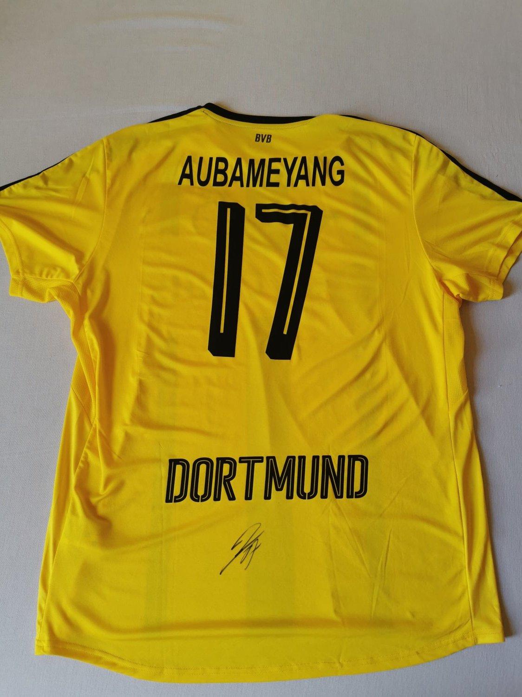 Borussia Dortmund Home football shirt 2016 - 2017. Sponsored by Evonik