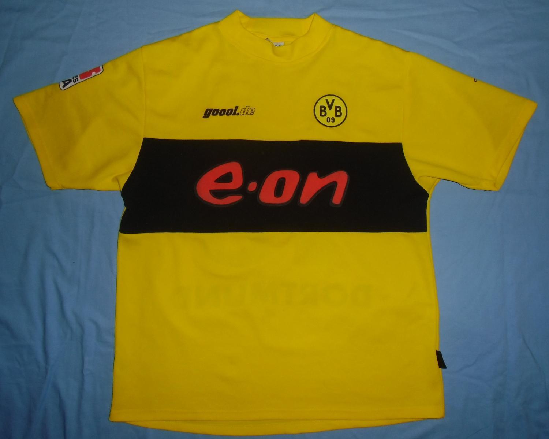 Borussia Dortmund Home maglia di calcio 2002 - 2003. Sponsored by e.on