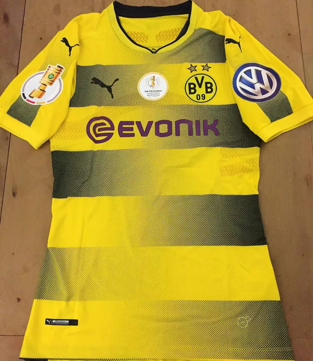 Borussia Dortmund Home Camiseta de Fútbol 2017 - 2018. Sponsored by ... a2eac15391cf9