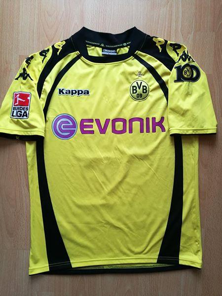 b59a2ed4d Borussia Dortmund Home Maillot de foot 2009 - 2010. Sponsored by Evonik