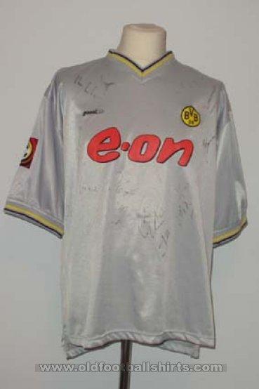 Borussia Dortmund Away football shirt 2000 - 2001. Sponsored by e.on