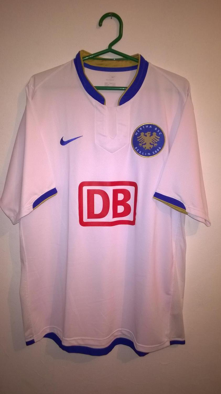 Hertha BSC Trikot Pin Badge 2015//2016 Away