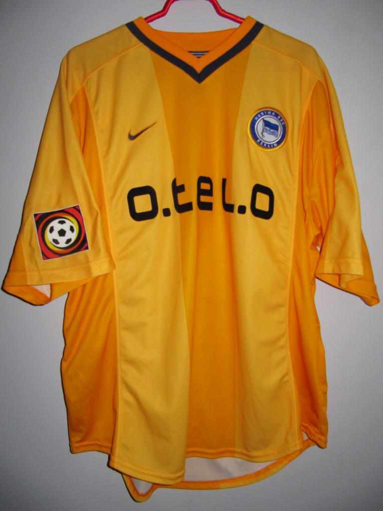 hertha third football shirt 2000 2001 sponsored by otelo. Black Bedroom Furniture Sets. Home Design Ideas