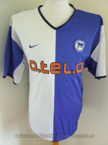 hertha home football shirt 2001 2002 sponsored by otelo. Black Bedroom Furniture Sets. Home Design Ideas