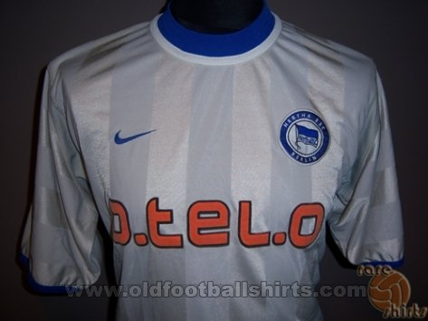 Hertha Away football shirt 2000 - 2001