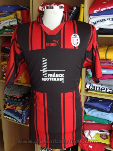 Uvelse IF Home baju bolasepak (unknown year)