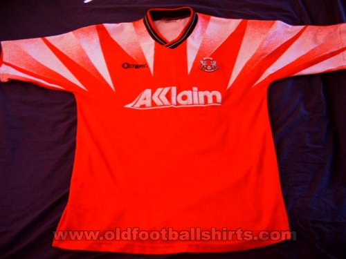 Leyton Orient Home football shirt 1996 - 1997