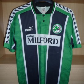 Greuther Furth Home baju bolasepak 1996 - 1998 sponsored by Milford