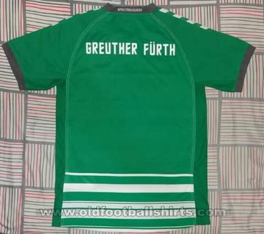 Greuther Furth Home baju bolasepak 2017 - 2018