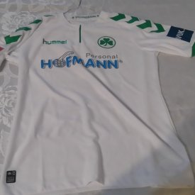 Greuther Furth Home baju bolasepak 2017 - 2018 sponsored by Hofmann Personal