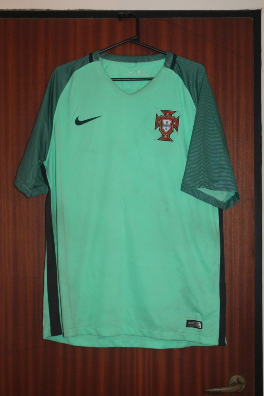 Portugal Away Football Shirt 2016 2017
