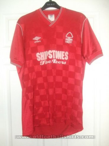 Nottingham Forest Home baju bolasepak 1987 - 1988