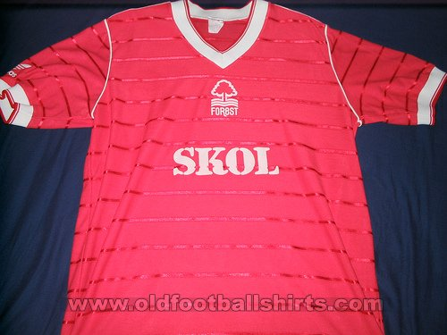 Nottingham Forest Home football shirt 1984 - 1986