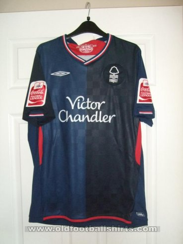 Nottingham Forest Away football shirt 2009 - 2010
