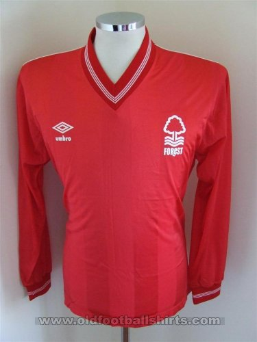 Nottingham Forest Domicile Maillot de foot 1988 - ?