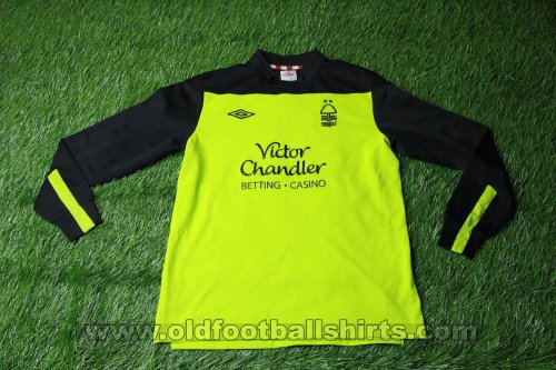 Nottingham Forest Goalkeeper football shirt 2011 - 2012