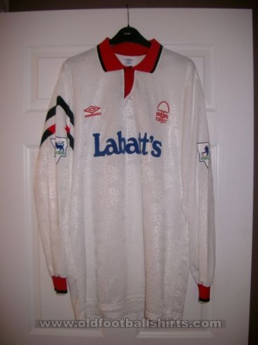 Nottingham Forest Away baju bolasepak 1992 - 1993
