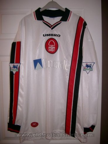 Nottingham Forest Away baju bolasepak 1998 - 1999
