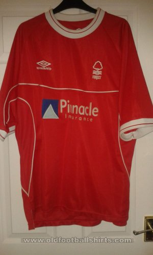 Nottingham Forest Domicile Maillot de foot 2000 - 2002