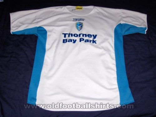 Canvey Island Away football shirt 2005 - 2006