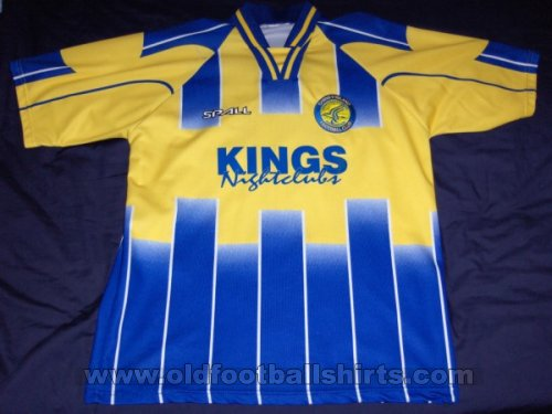 Canvey Island Home football shirt 2000 - 2001