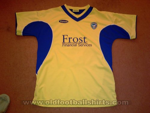 Canvey Island Home football shirt 2008 - 2009