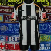 Port Vale Home Fußball-Trikots 2008 - 2010 sponsored by Harlequin Property