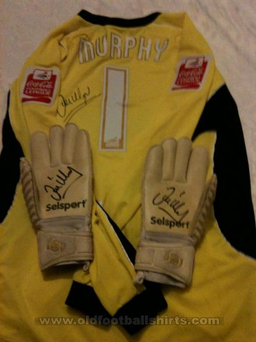 Scunthorpe United Goalkeeper football shirt 2006 - 2007