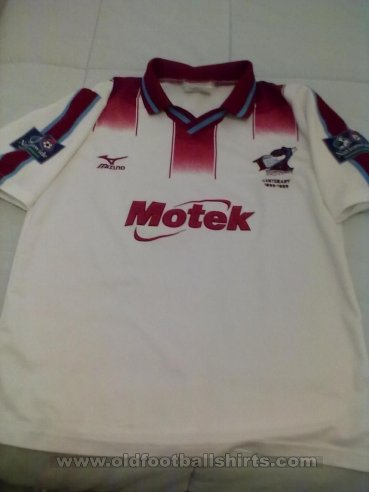 Scunthorpe United Away baju bolasepak 1999 - 2000