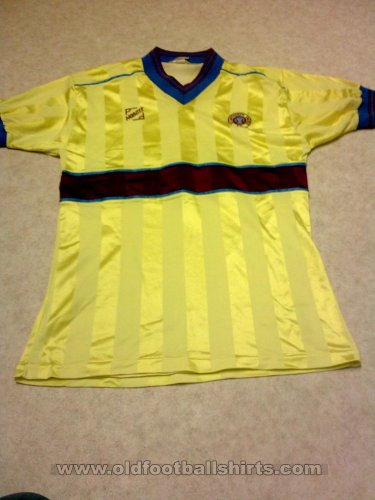 Scunthorpe United Away football shirt 1985 - 1987