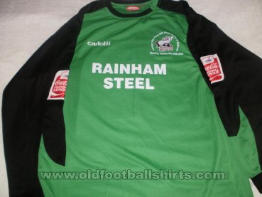 Scunthorpe United Goalkeeper football shirt 2008 - 2009