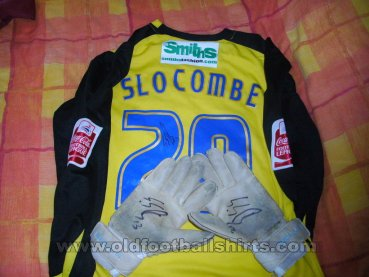 Scunthorpe United Goalkeeper football shirt 2009