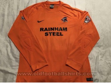 Scunthorpe United Goalkeeper football shirt 2014 - 2015