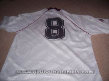 Scunthorpe United Away baju bolasepak 1992 - 1993