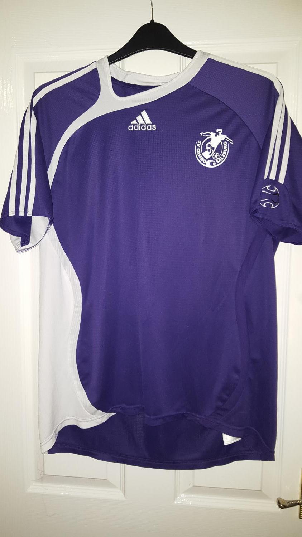 40845e1abf783 Red Bull Salzburg Away maglia di calcio 2006 - ?. Sponsored by no ...