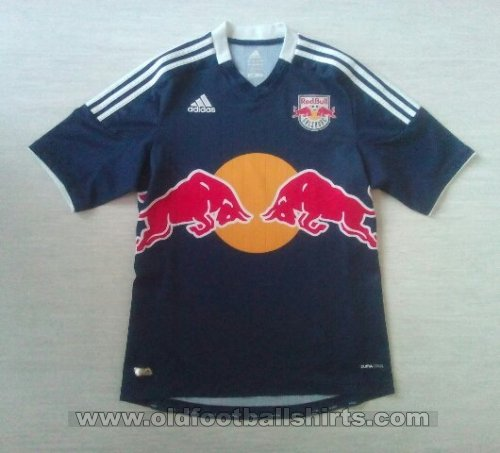Red Bull Salzburg Away baju bolasepak 2013 - 2014