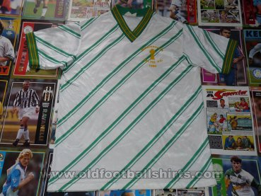 Mississauga Celtic FC Home football shirt 1990