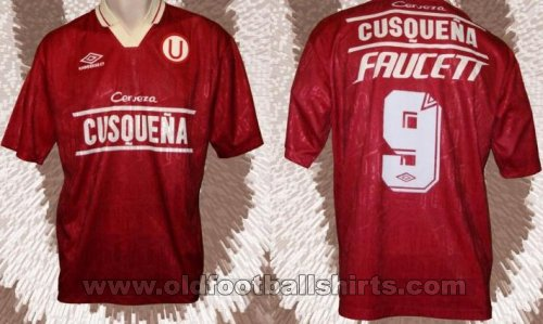 Universitario Away football shirt 1996