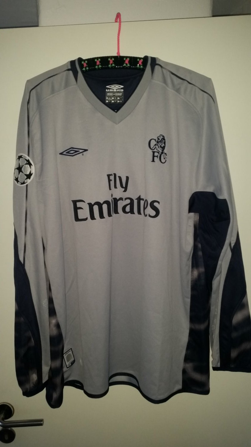 68b987d09 Chelsea Goalkeeper Maillot de foot 2003 - 2005. Sponsored by Emirates
