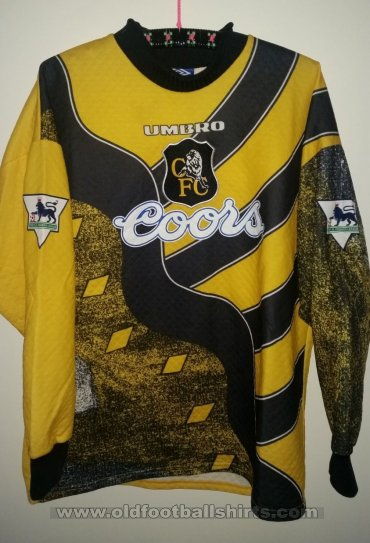 premium selection 36c2e 3a5c2 Chelsea Goalkeeper camisa de futebol 1995 - 1997. Sponsored ...