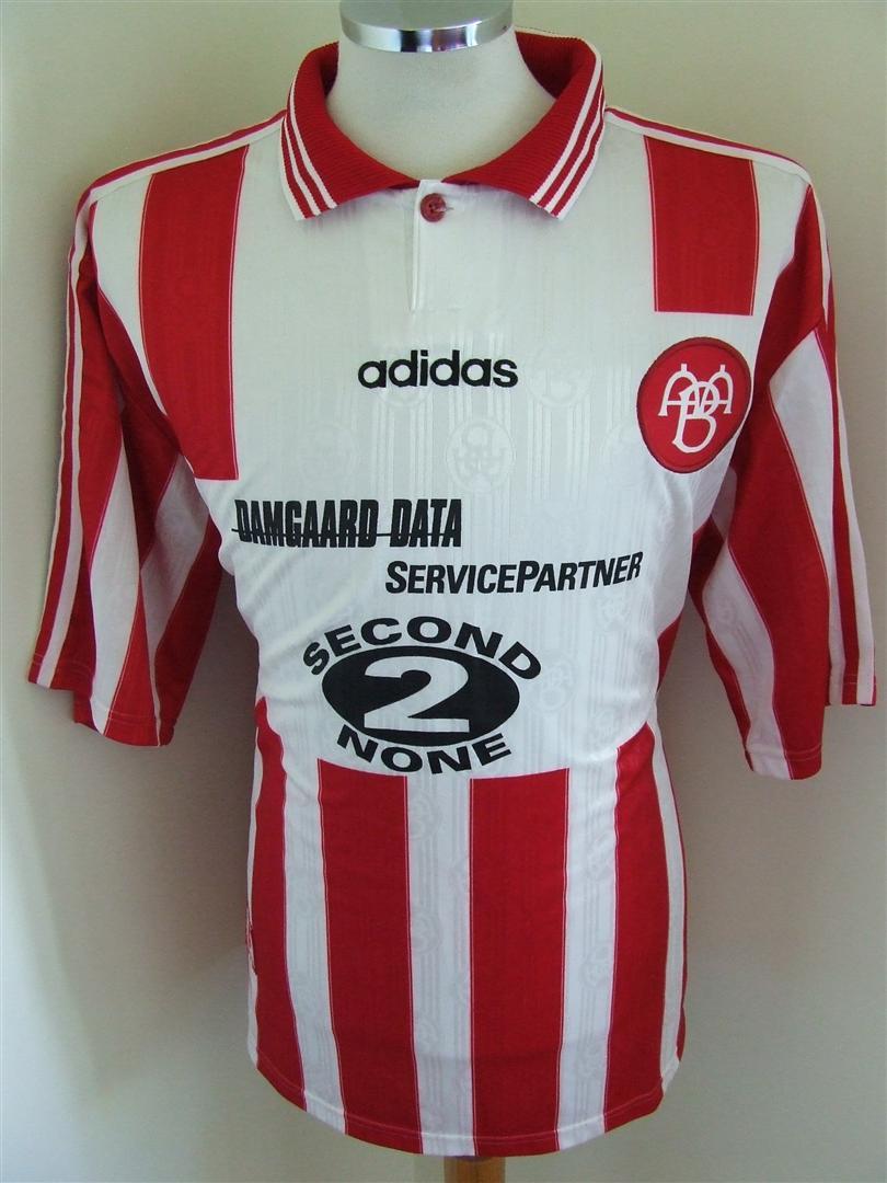020139574f0 Aalborg BK Home Maillot de foot 1996.