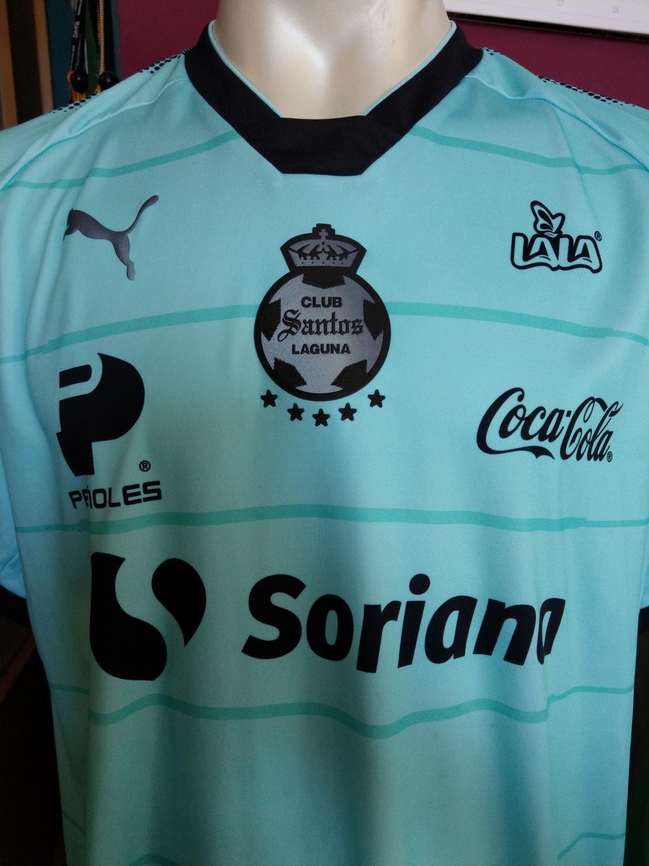 timeless design efe1c 5c631 Santos Laguna Third football shirt 2017 - 2018. Sponsored by ...