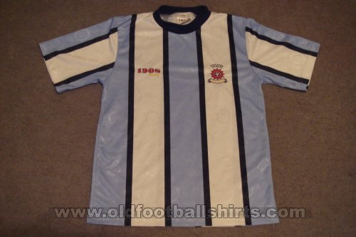 Hartlepool United Home football shirt 2000 - 2002