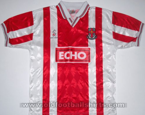 Lincoln City Home baju bolasepak 1997 - 1998
