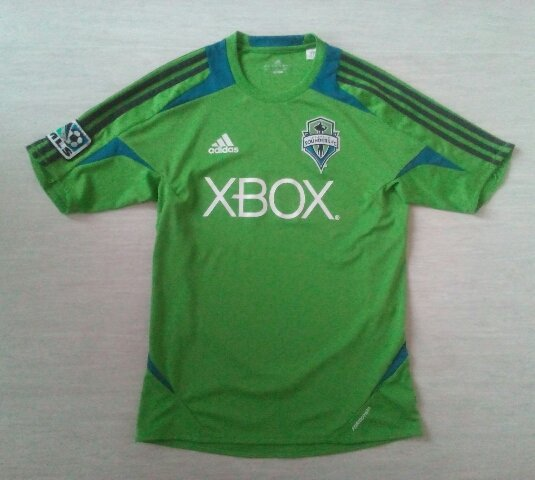new arrival 87b37 ab1f9 Seattle Sounders Home חולצת כדורגל 2011. Sponsored by XBox