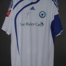 Peterborough United Special voetbalshirt  2009 sponsored by Sue Ryder Care
