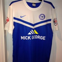 Peterborough United Home voetbalshirt  2014 - 2015 sponsored by Mick George