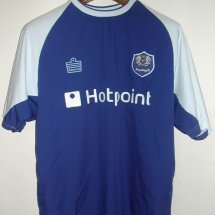 Peterborough United Home voetbalshirt  2004 - 2005 sponsored by Hotpoint